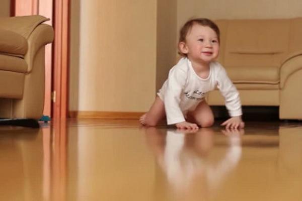 як навчити дитину ходити-2