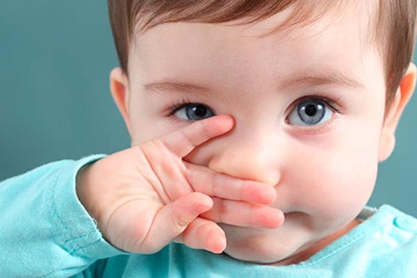 чому дитина чхає-2