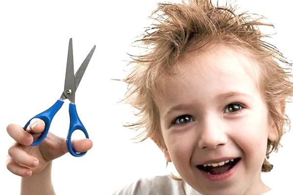 Чому у дитини випадає волосся