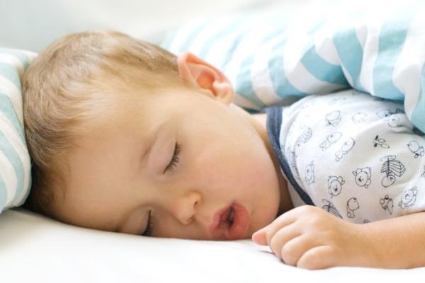 чому дитина дихає ротом-2