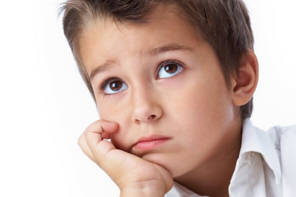 Чому у дитини болить голова