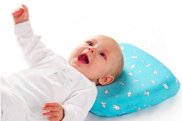 як вибрати подушку для дитини