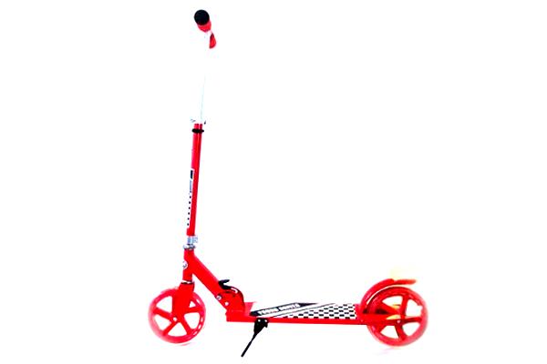 Як вибрати дитячий самокат-великі колеса