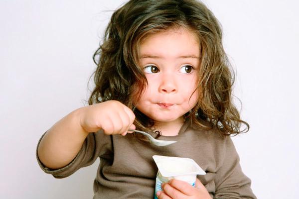 чому дитина їсть крейду-1