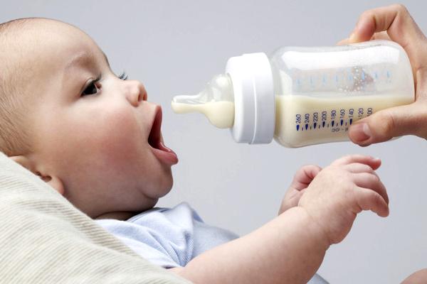 чому дитина їсть крейду