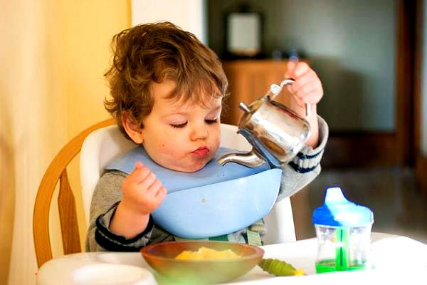 Чай для дитини - користь чи шкода