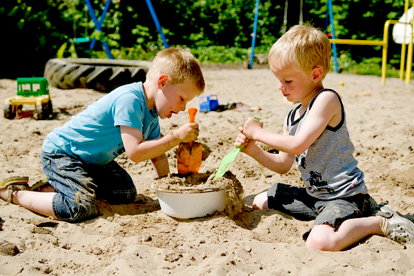 дитячі ігри влітку