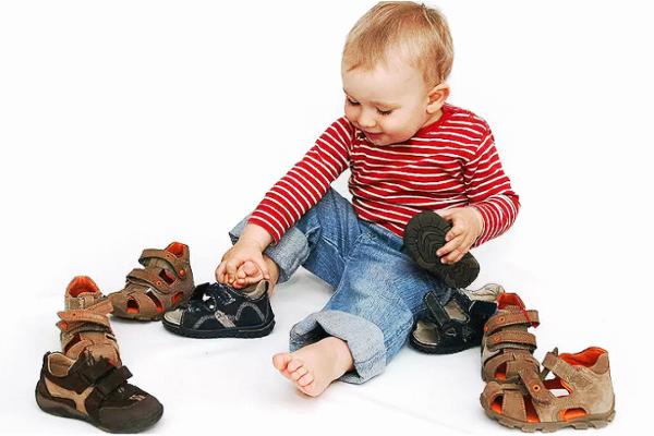 як вибрати босоныжки для дитини