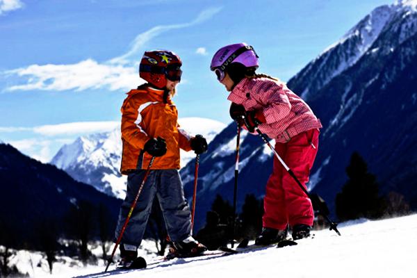 як вибрати дитячі лижі