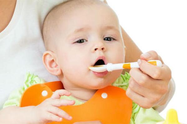 Як навчити дитину жувати-1