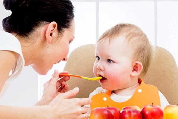 Як навчити дитину жувати-3