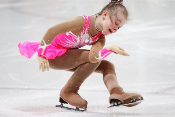 Як навчити дитину кататися на ковзанах-4