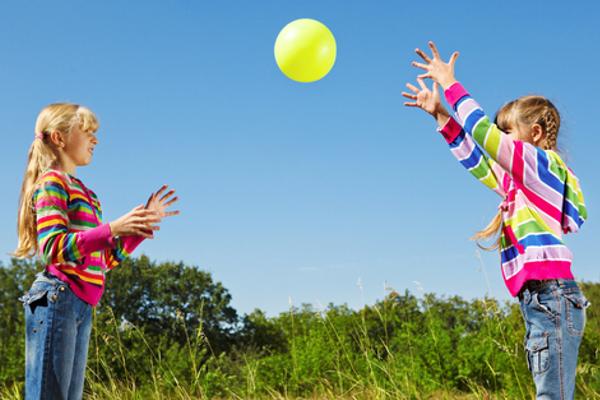 дитячі ігри з м'ячем-3