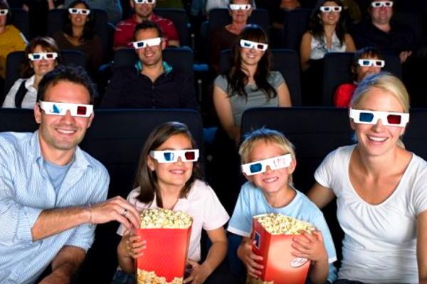 з якого віку можно ходити з дитиною в кінотеатр