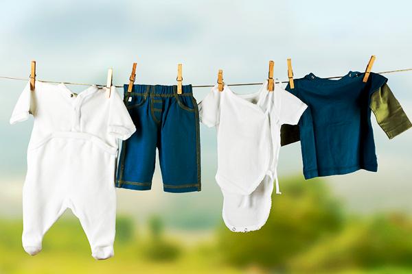 як прати одяг новонародженого-1