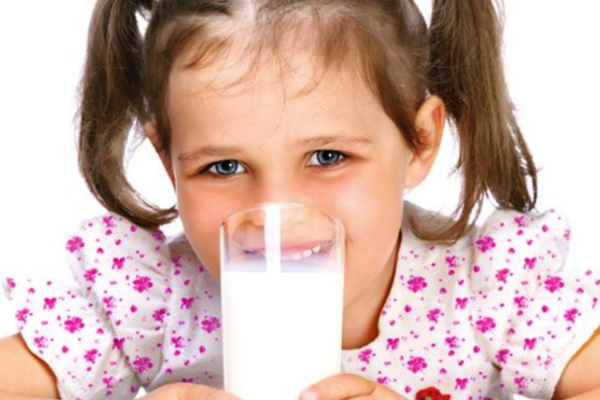 коровяче молоко для дитини-2