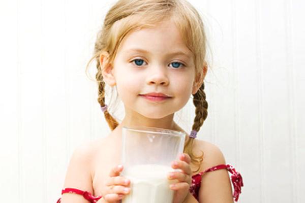 коровяче молоко для дитини-3